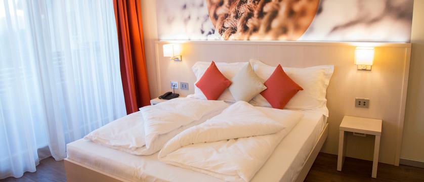 blu-hotel-natura-spa-bedroom.jpg